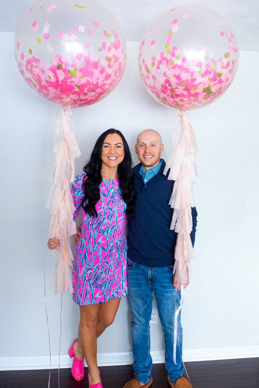pregnant Lilly Pulitzer, giant pink balloons, giant confetti balloons, pink confetti balloons, pink tassel balloons