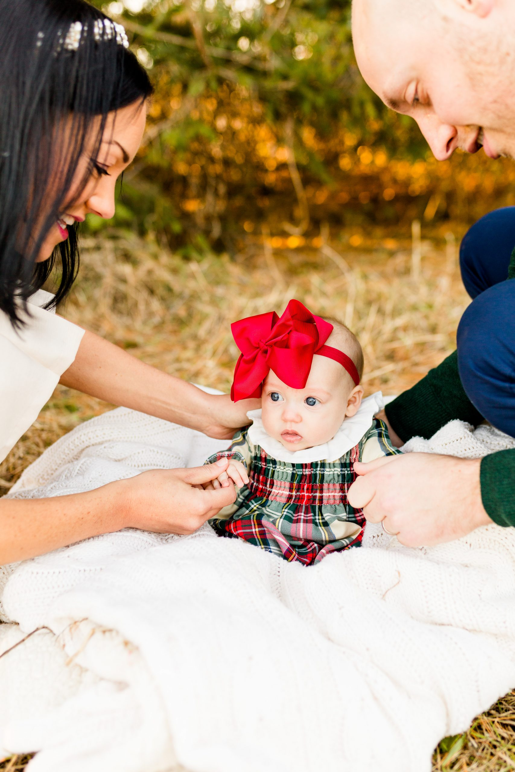 Christmas photoshoot, baby Christmas outfits, plaid Christmas outfit