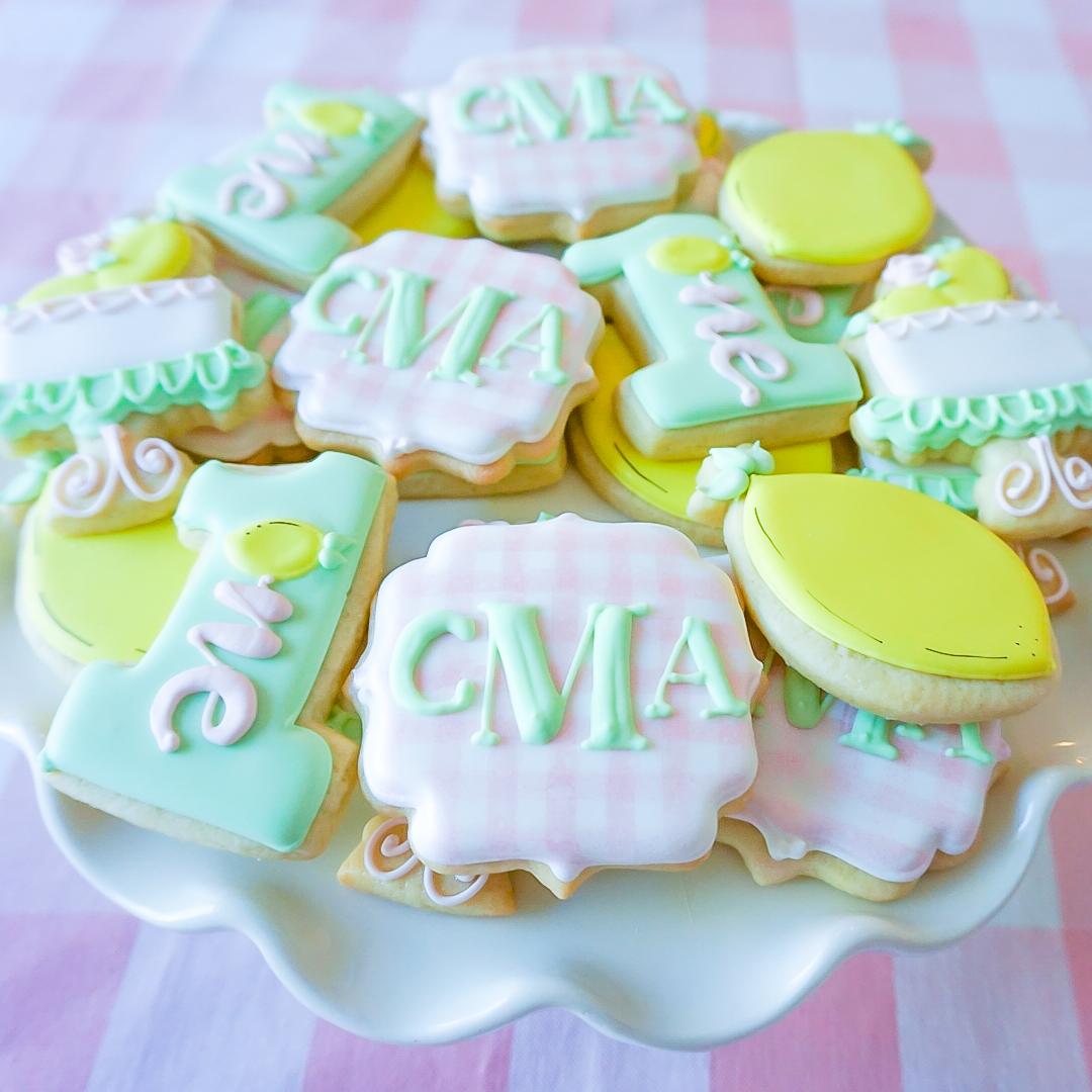 gingham sugar cookies, lemon sugar cookies, gingham and lemon party, preppy birthday party, preppy baby party, monogrammed cookies