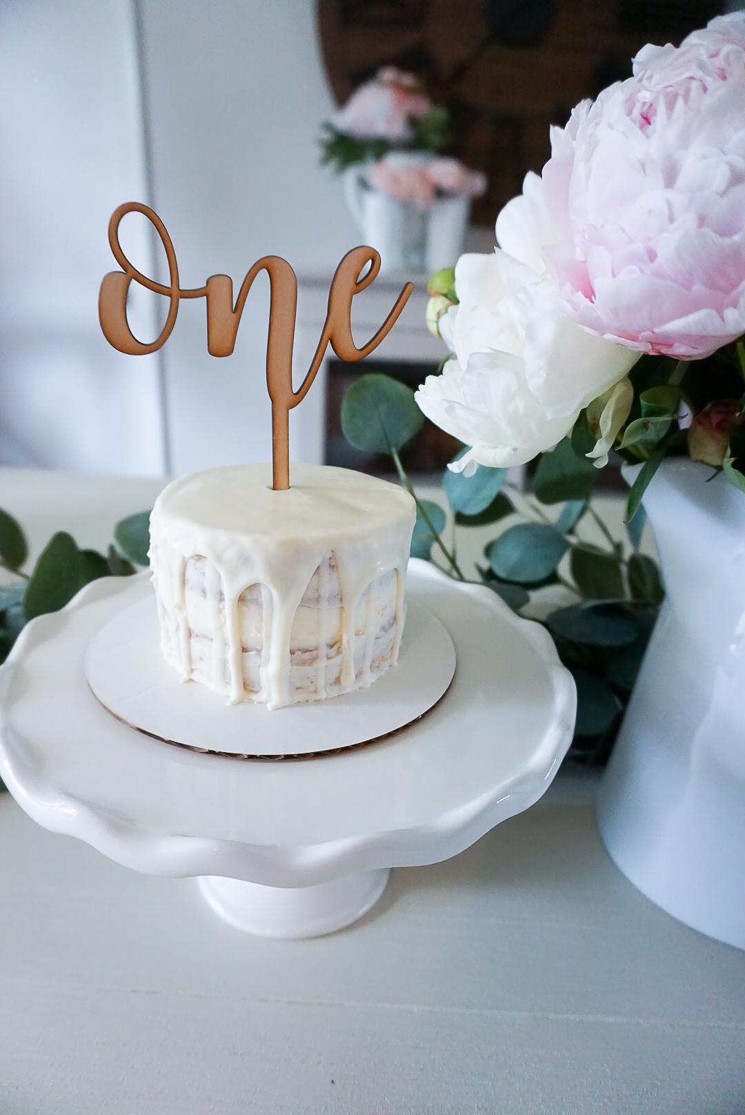 first birthday smash cake, simple smash cake, dye free smash cake, Baked Blessings by Lisa cake
