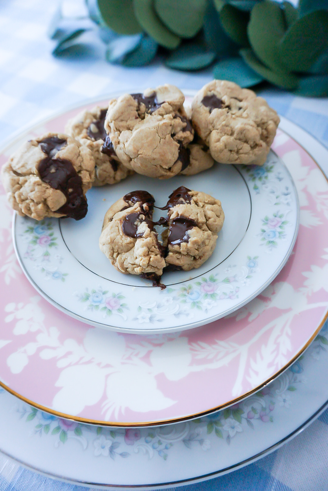 refined sugar-free snacks, refined sugar-free desserts, refined sugar-free cookies, cookies sweetened with maple syrup, healthy cookies