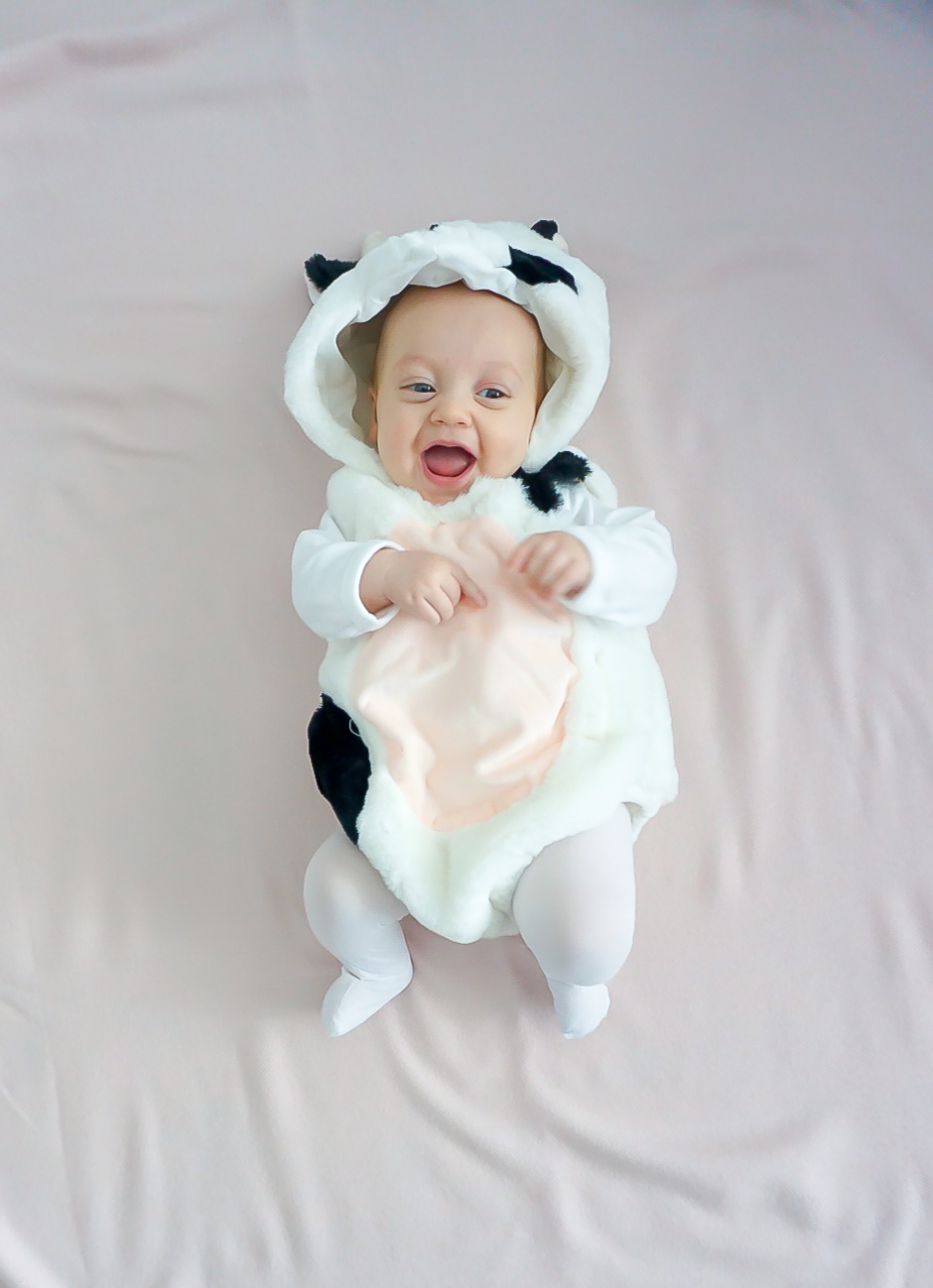 baby girl costume, baby's first Halloween costume, baby cow costume, baby animal costumes, best baby Halloween costumes, cutest baby Halloween costumes, pink Halloween costumes